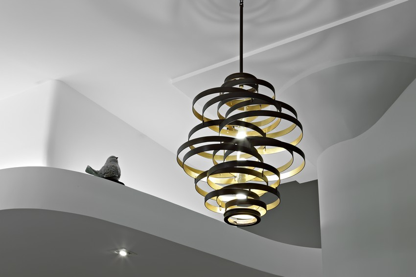 High End Luxury Ceiling and Chandelier